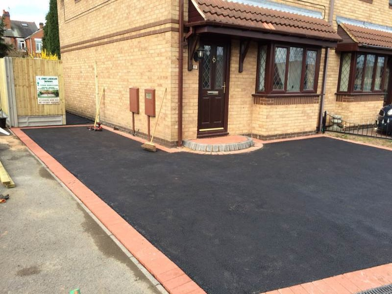 a trusted service for tarmac driveway installations in sheffield